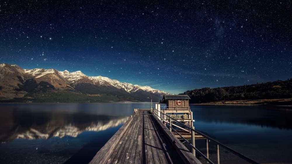Lake Wakatipu Starry night sky ✨ wallpaper