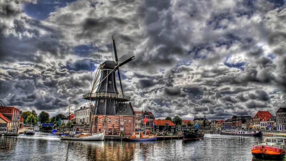 Haarlem Windmill - Netherlands wallpaper