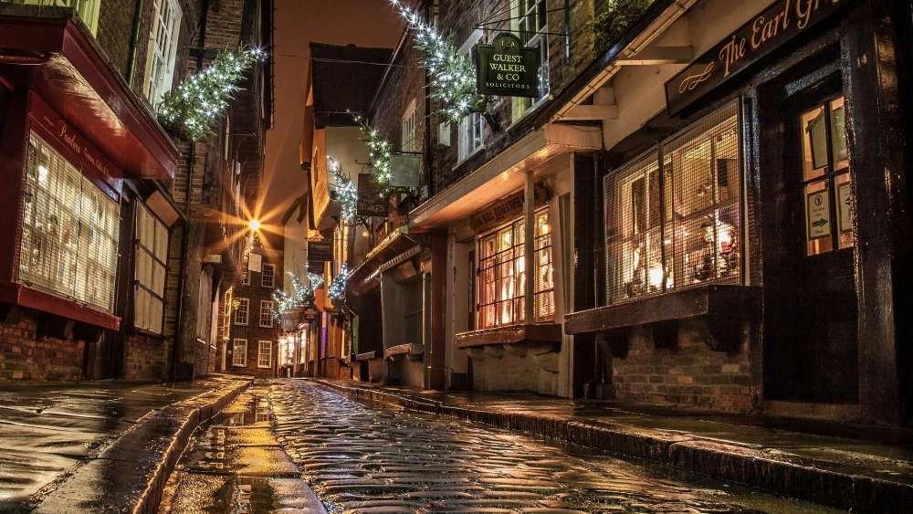 London Street at Christmas wallpaper