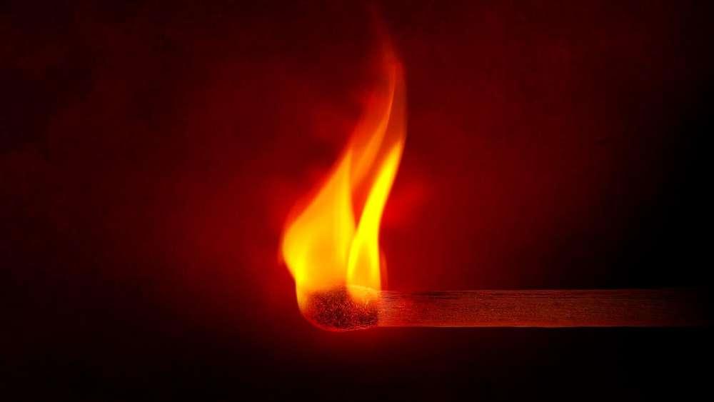 Burning matchstick wallpaper