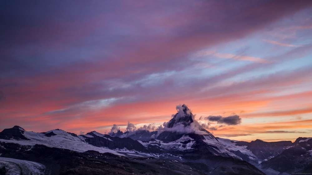 Matterhorn in the clouds wallpaper