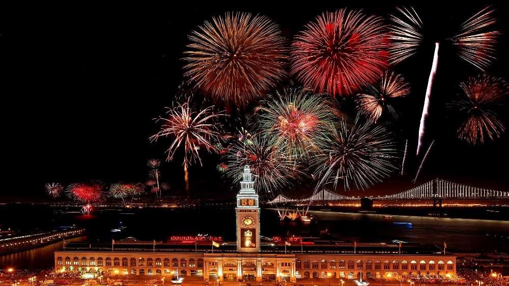 San Francisco Fireworks wallpaper