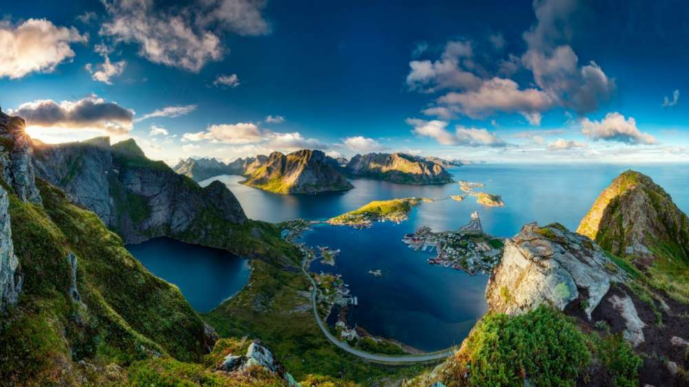 Reinebringen Viewpoint - Lofoten, Norway wallpaper