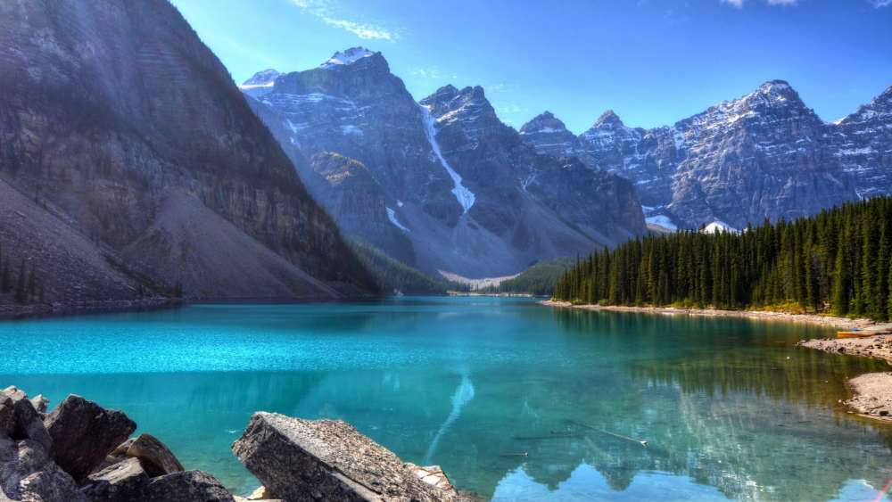 Moraine Lake - Banff National Park, Canada wallpaper