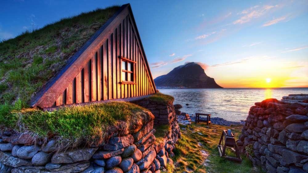 Turf house in Iceland (Ósvör Museum) wallpaper