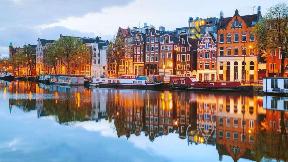 Amsterdam canal reflection wallpaper
