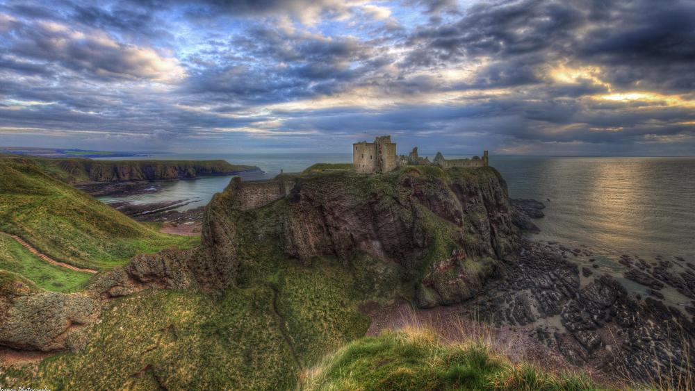 Dunnottar Castle - Scotland wallpaper