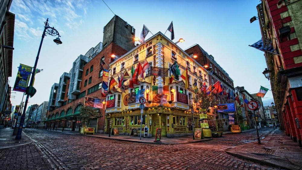 Temple Bar district in Dublin wallpaper