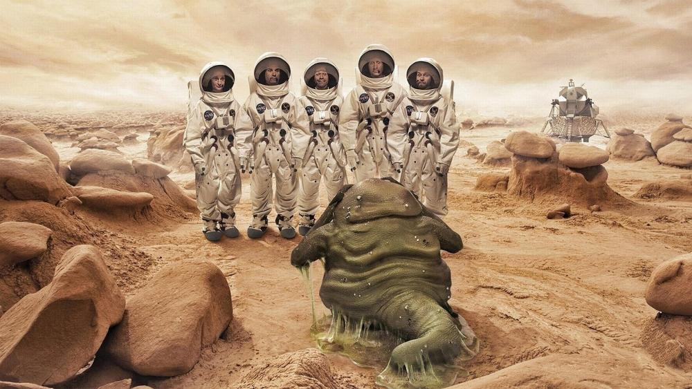 Funny astronauts  wallpaper