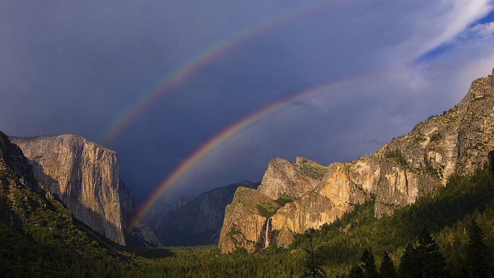 Rainbow over El Capitan  wallpaper