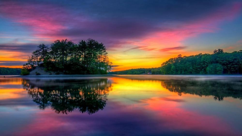 Sunset reflected in lake  wallpaper