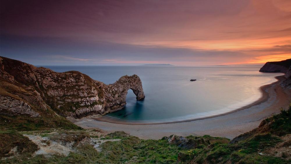 Sunrise at Durdle Door, Jurassic Coast, Dorset, England wallpaper