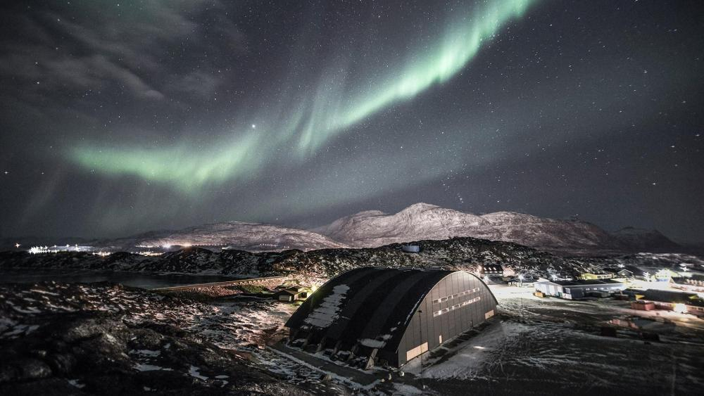 Aurora Borealis in Greenland wallpaper
