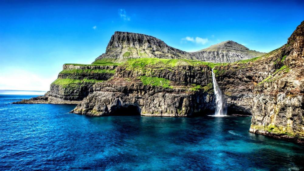 Mulafossur Waterfall, Faroe Islands wallpaper