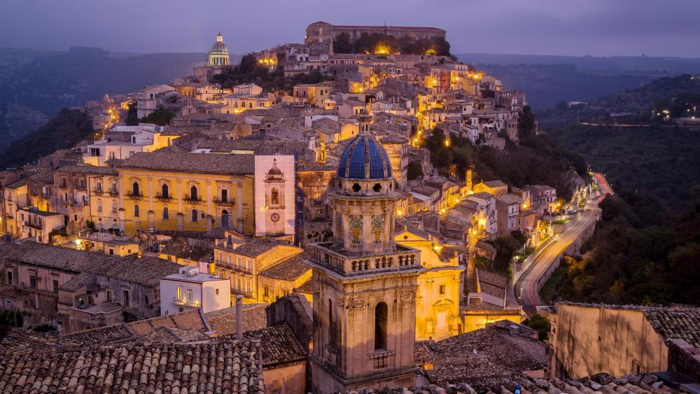Ragusa at the evening ⛪️ wallpaper