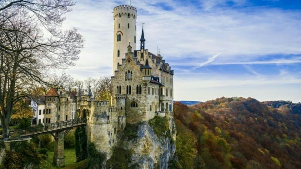 Lichtenstein Castle  wallpaper