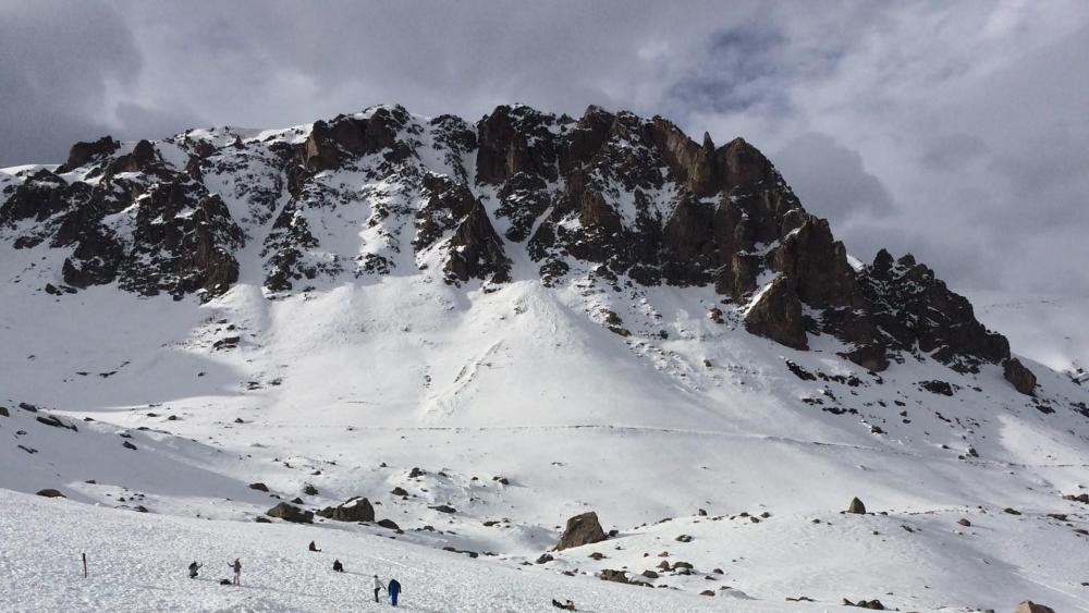 Farellones in the Andes wallpaper