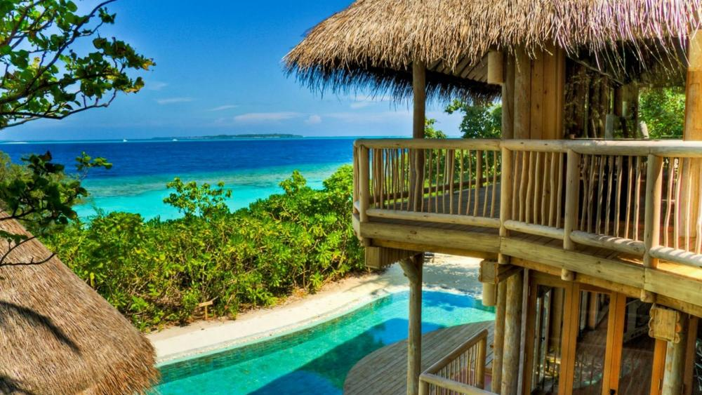 Buangalow with ocen view in Maldives wallpaper
