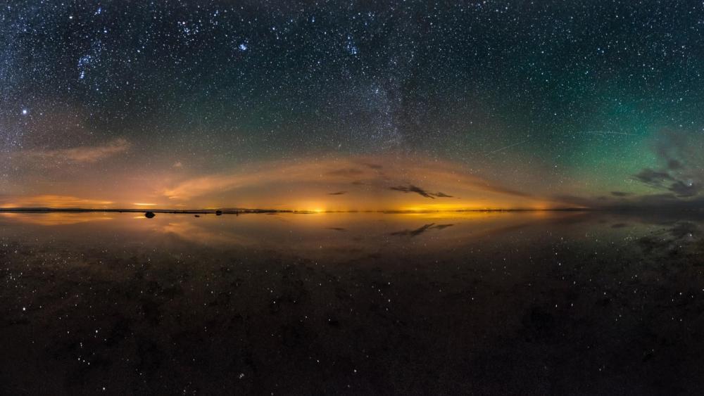 Maranjab Salt Lake and night sky - Maranjab Desert, Iran wallpaper