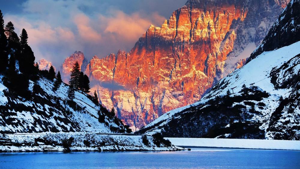 Mount Civetta, Italy wallpaper