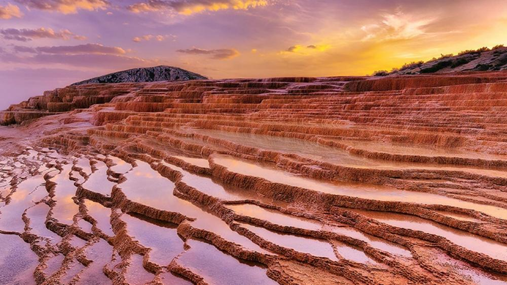 Badab Soort Terraces Springs - Iran wallpaper