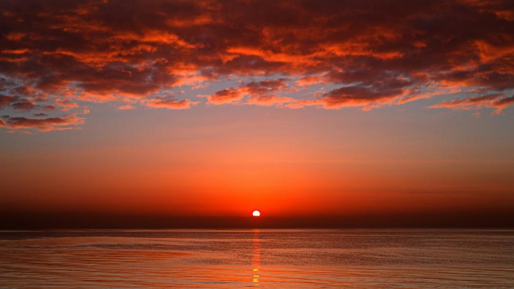 Sunrise over the sea  wallpaper