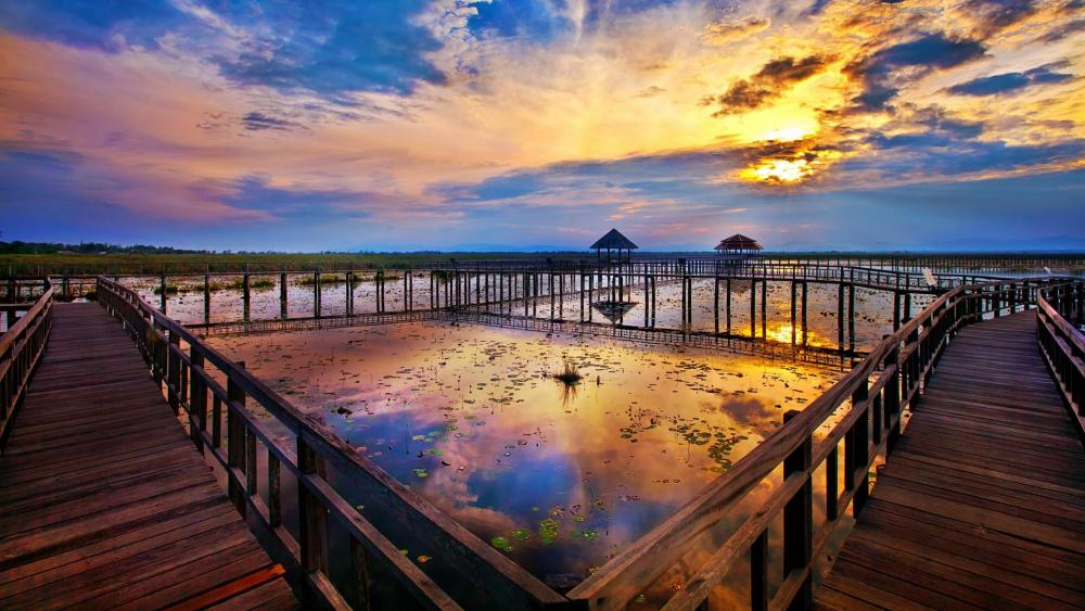 Beautiful sunset over the marsh - Khao Sam Roi Yot National Park wallpaper