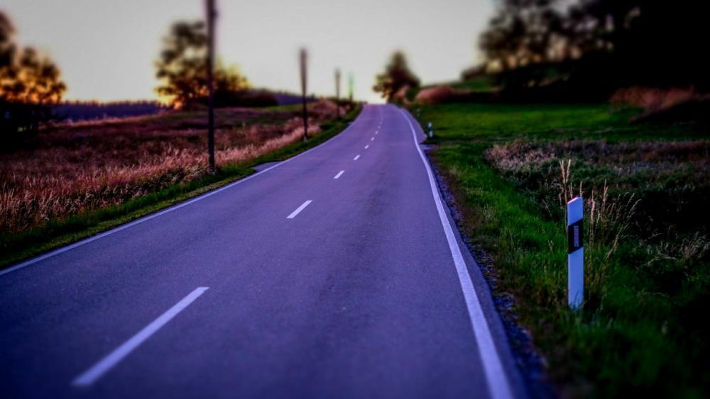 Long road in Bavaria wallpaper