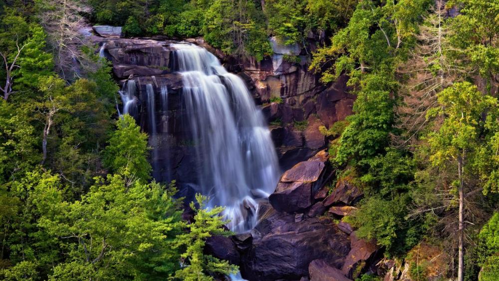 Upper Whitewater Falls wallpaper
