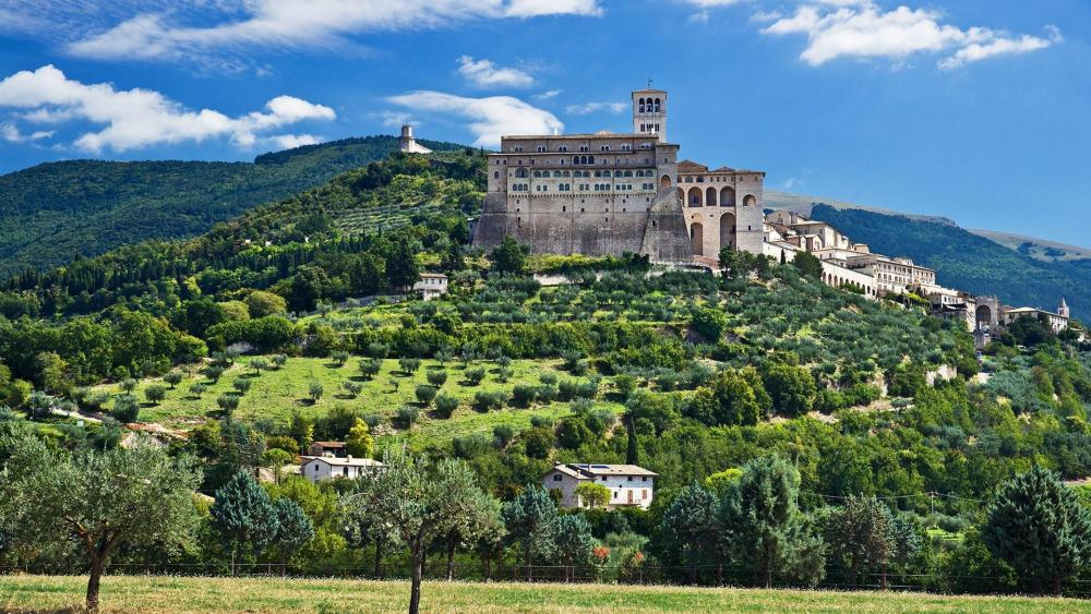 Basilica of Saint Francis of Assisi - Assisi, Italy wallpaper
