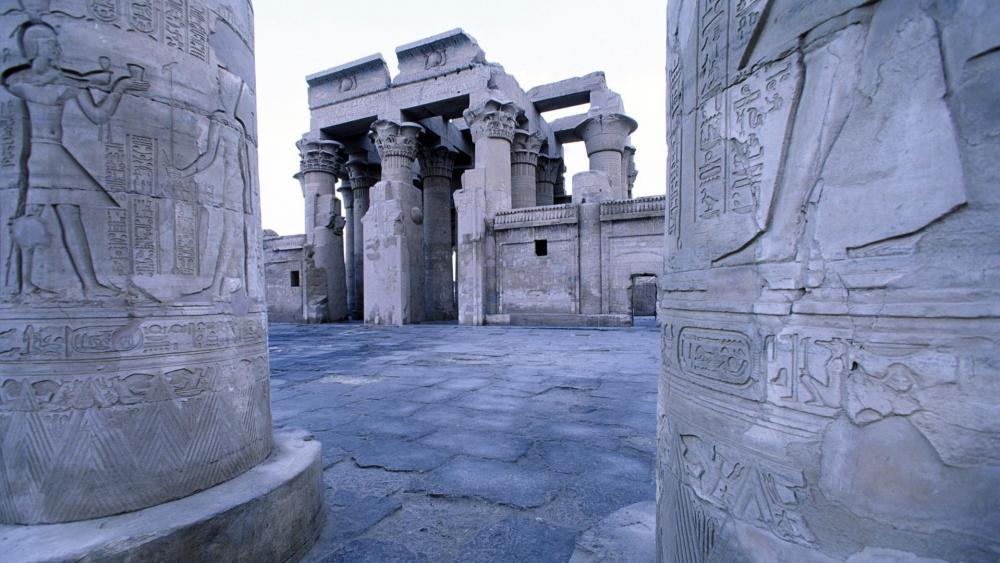 Temple of Kom Ombo (Kom Ombo, Aswan, Egypt) wallpaper