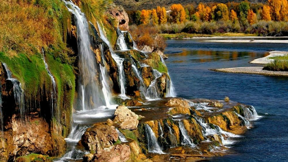 Fall Creek Falls - Idaho, US wallpaper
