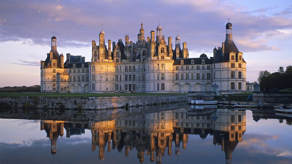 Château de Chambord reflection wallpaper