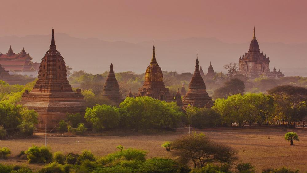 Temples of Bagan - Myanmar (Burma) wallpaper