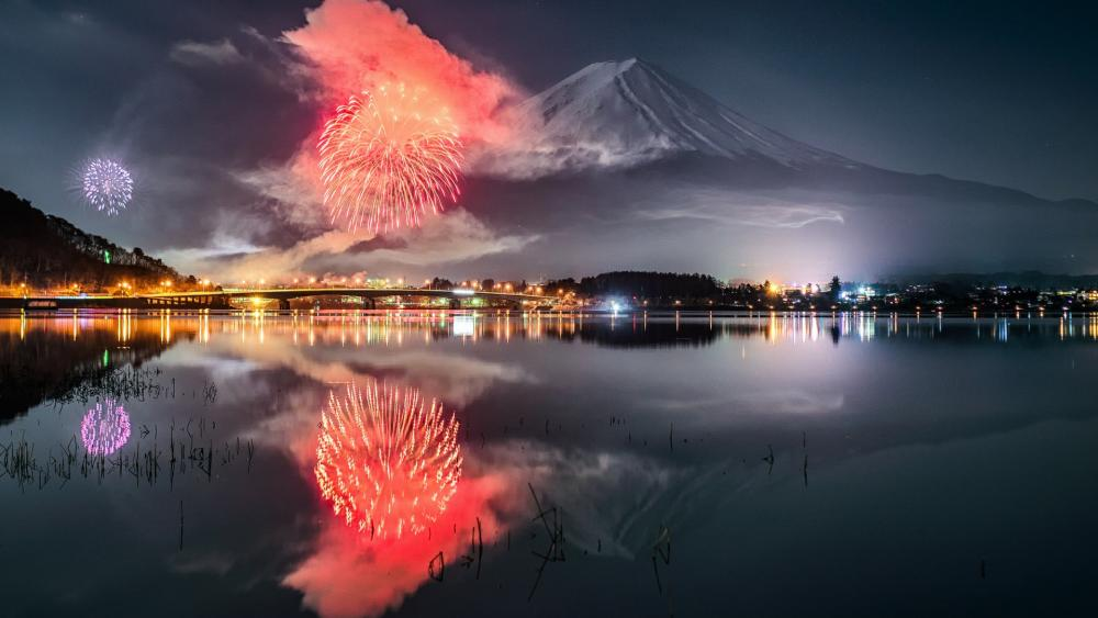 Kawaguchiko Fireworks Festival - Japan wallpaper