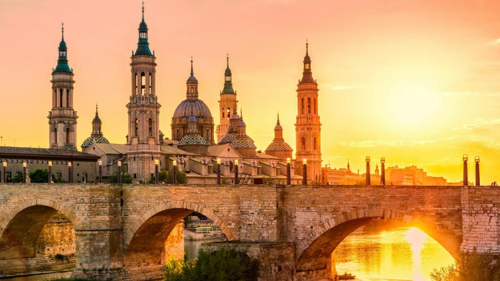 Cathedral-Basilica of Our Lady of the Pillar at sunset - Zaragoza (Spain) wallpaper