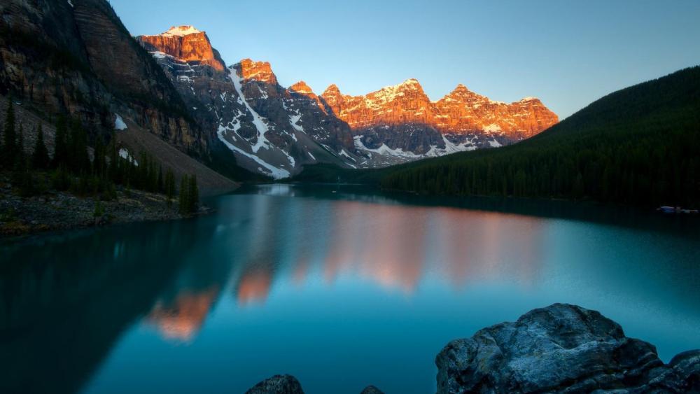 Moraine Lake - Valley of the Ten Peaks wallpaper