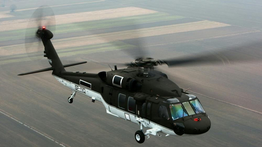 Black Hawk military helicopter wallpaper