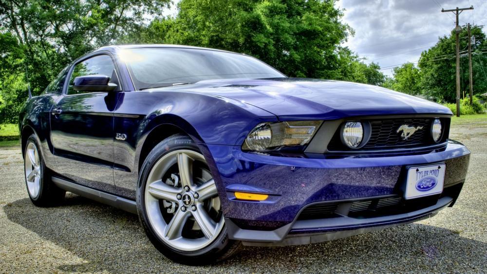 Blue Ford Mustang wallpaper
