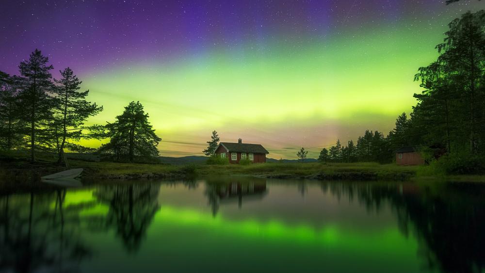 Aurora Borealis above Ringerike, Norway wallpaper