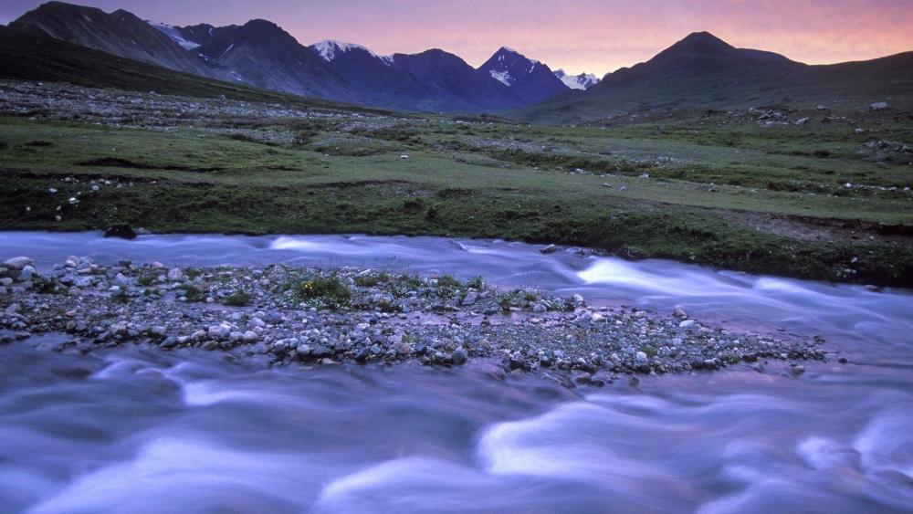 Glacial river in Altai Tavan Bogd National Park - Mongolia wallpaper