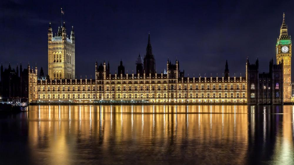 Palace of Westminster (Houses of Parliament) at night wallpaper