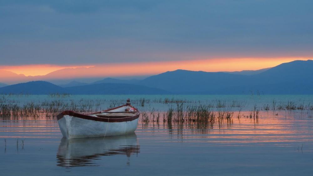 Beysehir Lake - Beysehir Lake National Park wallpaper