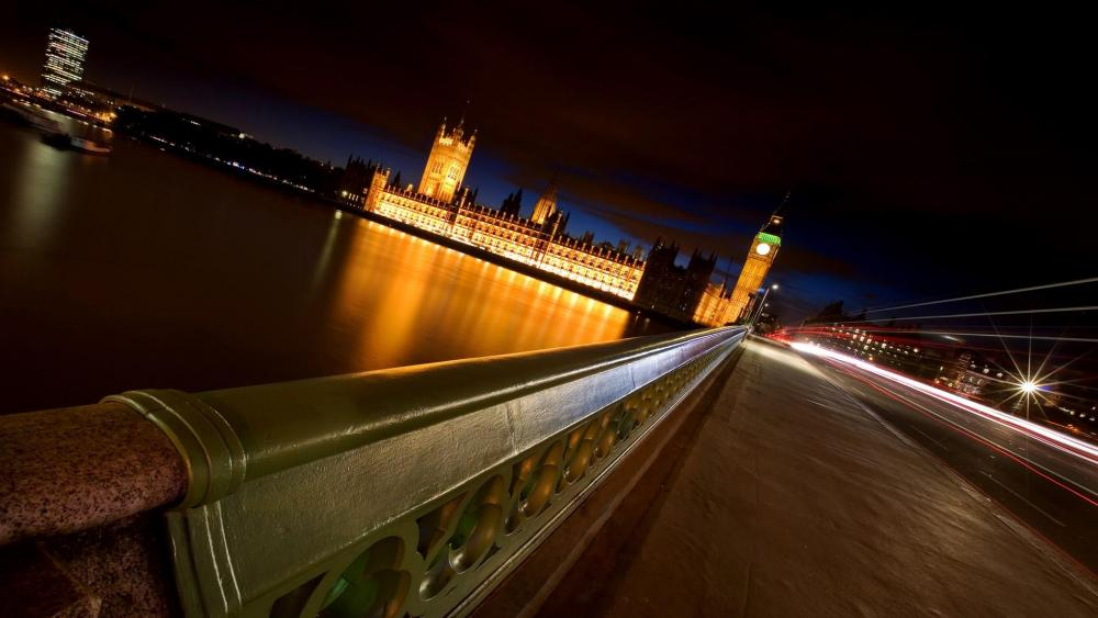 Houses of Parliament and Big Ben at night- London wallpaper