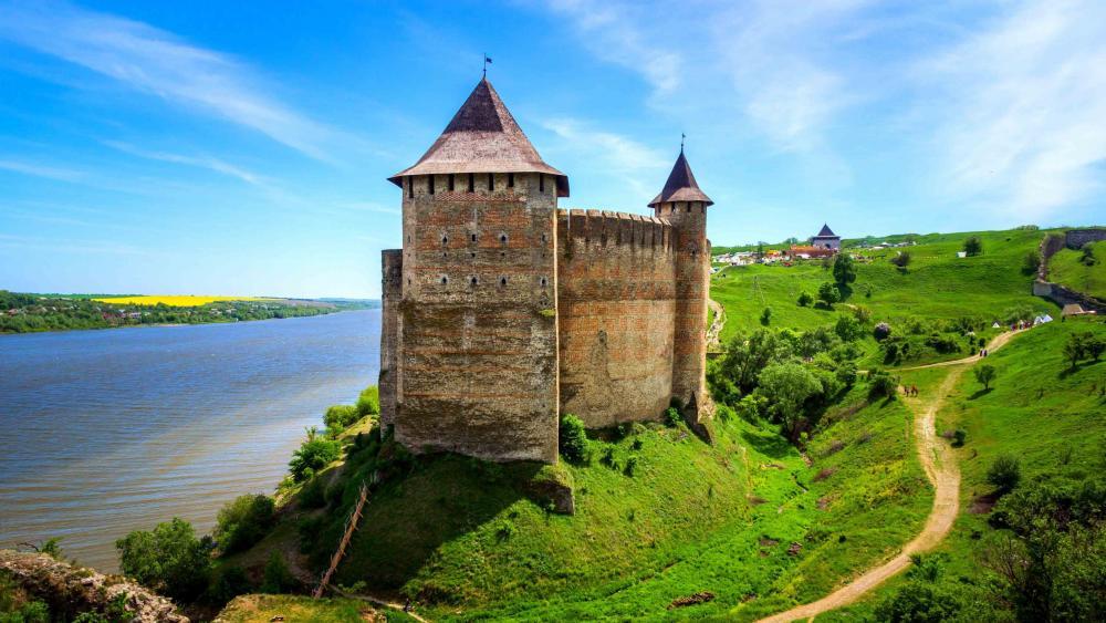Khotyn Castle Fortress, Ukraine wallpaper