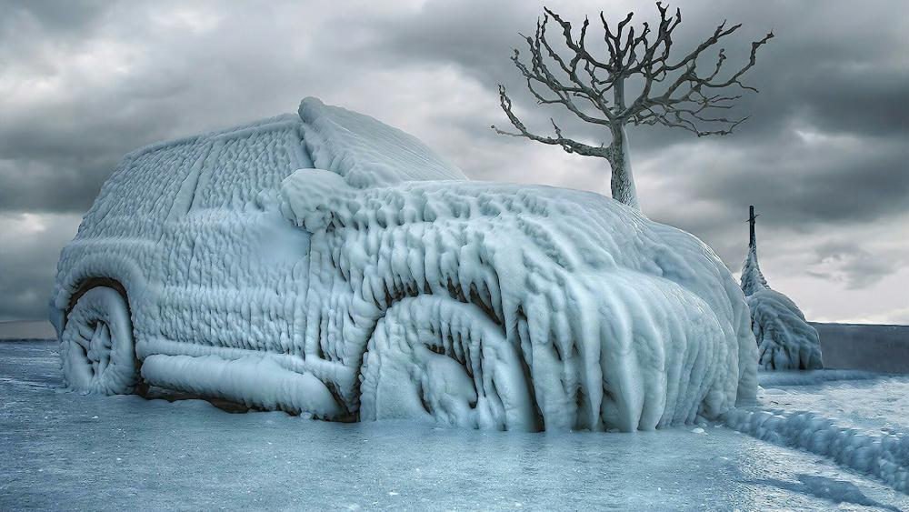 Frozen car wallpaper