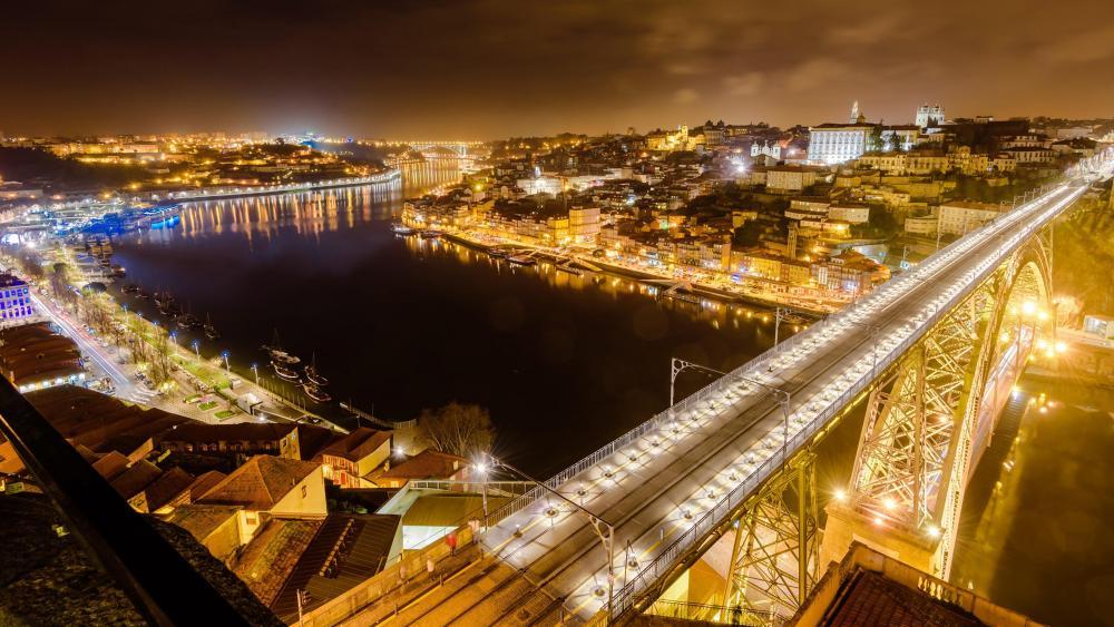 Dom Luis I Bridge at night wallpaper