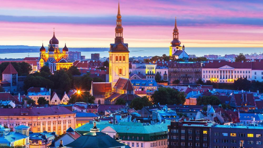 Evening in Tallinn (Estonia) wallpaper