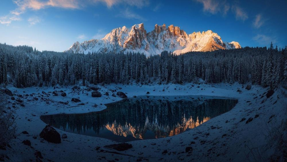 Karersee lake & Italian Dolomites wallpaper