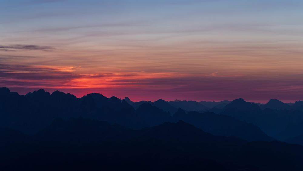 Sunrise over the ridges wallpaper